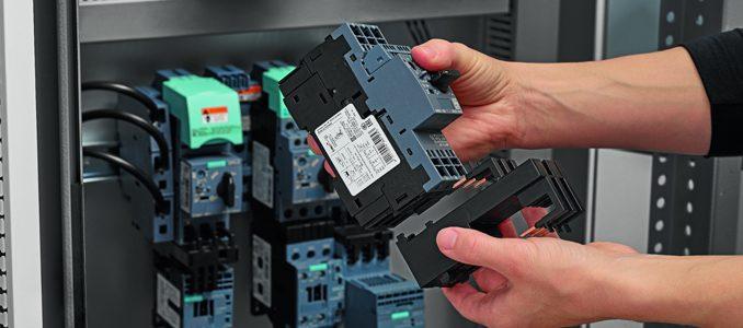 Siemens: novo relé de monitorização e controlo de carga funcional para aplicações DC