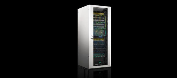 Novo rack de rede TX CableNet da Rittal